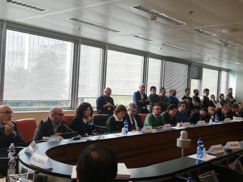V commissione